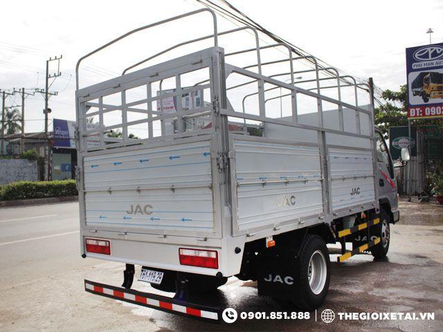 xe-tai-jac-hfc1030k-thung-bat-h3