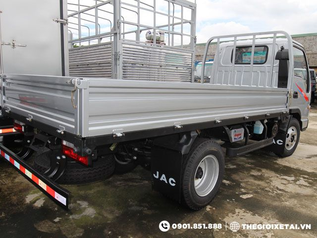 xe-tai-jac-hfc1030k-thung-lung-h4