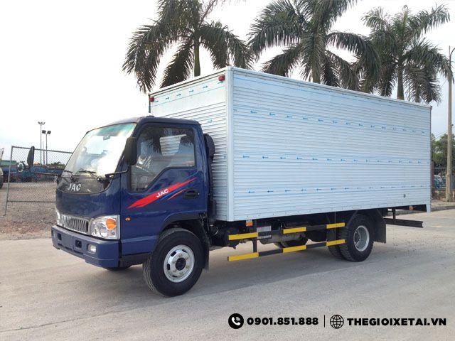 xe-tai-jac-hfc1061k-thung-kin-h5
