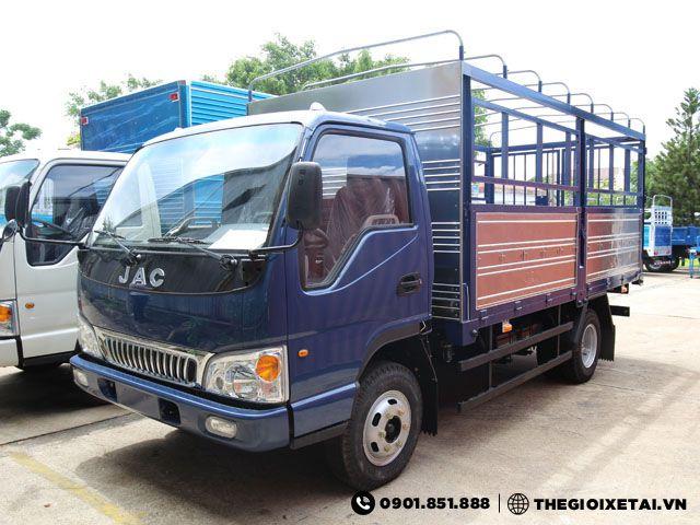 xe-tai-jac-4t95-thung-mui-bat-h11