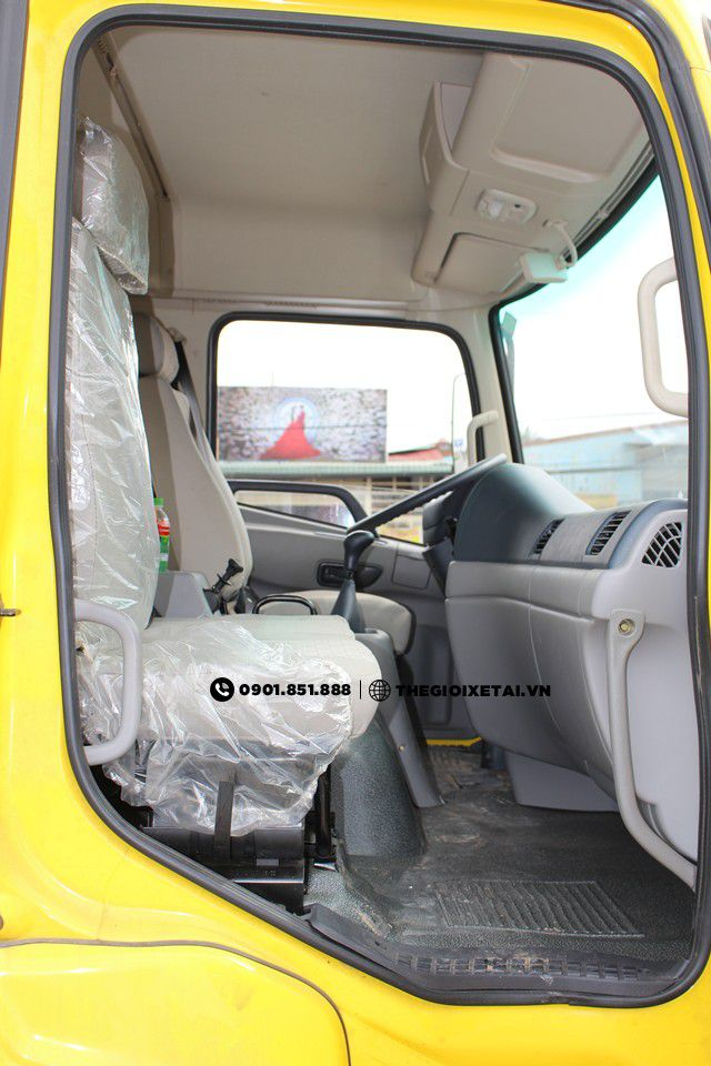 dongfeng-b170-in-cabin