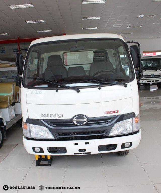 hino-xzu-chassis-h1