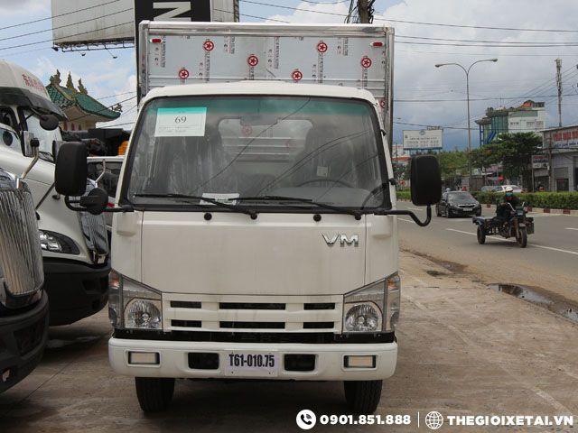 xe-tai-isuzu-vinh-phat-3t45-thung-kin-h2