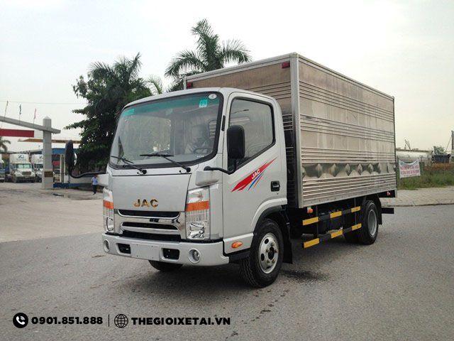 xe-tai-jac-n721-thung-kin-h12