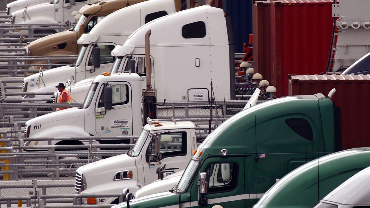 """Những kinh nghiệm """"sống còn"""" cho tài xế xe container"""
